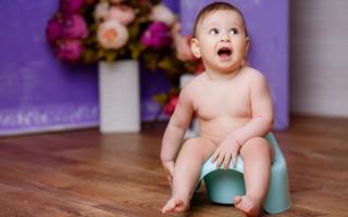 Возможные причины появления неприятного запаха мочи у маленького ребенка: как распознать и устранить
