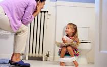 Если ребенок часто писается: что делать и в чем причина проблемы?