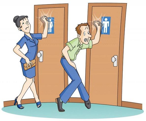 мужчина и женщина в очереди в туалет