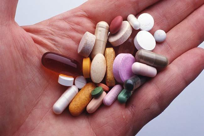 лекарства на ладоне