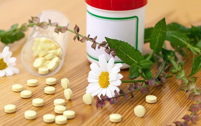 ромашка и таблетки
